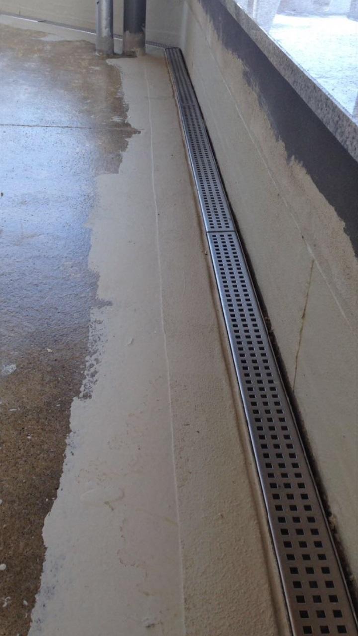 Trobak Entwasserungsrinne Terrassenrinne Edelstahl 1 Meter Superflach